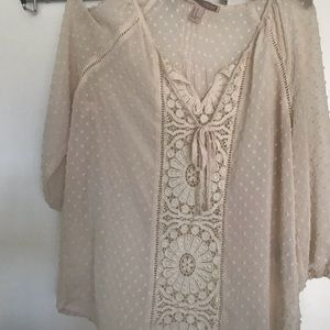 Forever 21 Cream colored blouse Size M